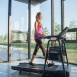 HZ17_CITTA LIFESTYLE_female_treadmill_walking tinypng