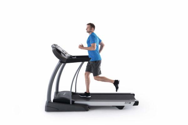 HZ17_MDPROD_T7_1 treadmill_male_profile